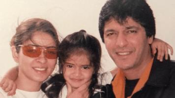 Ananya Pandey bersama orangtuanya