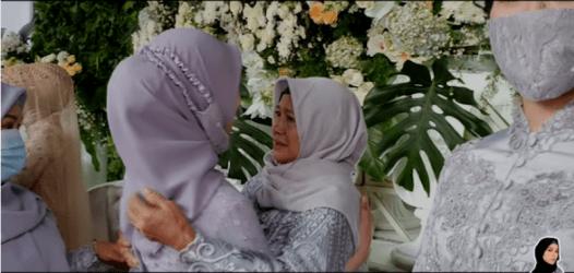 Komentar Pedas Anak IIs Dahlia Lihat Lesty Kejora Menangis di Pelukan Ibu (2)